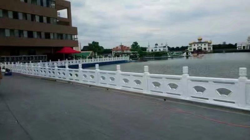 扇形河堤护栏63.jpg
