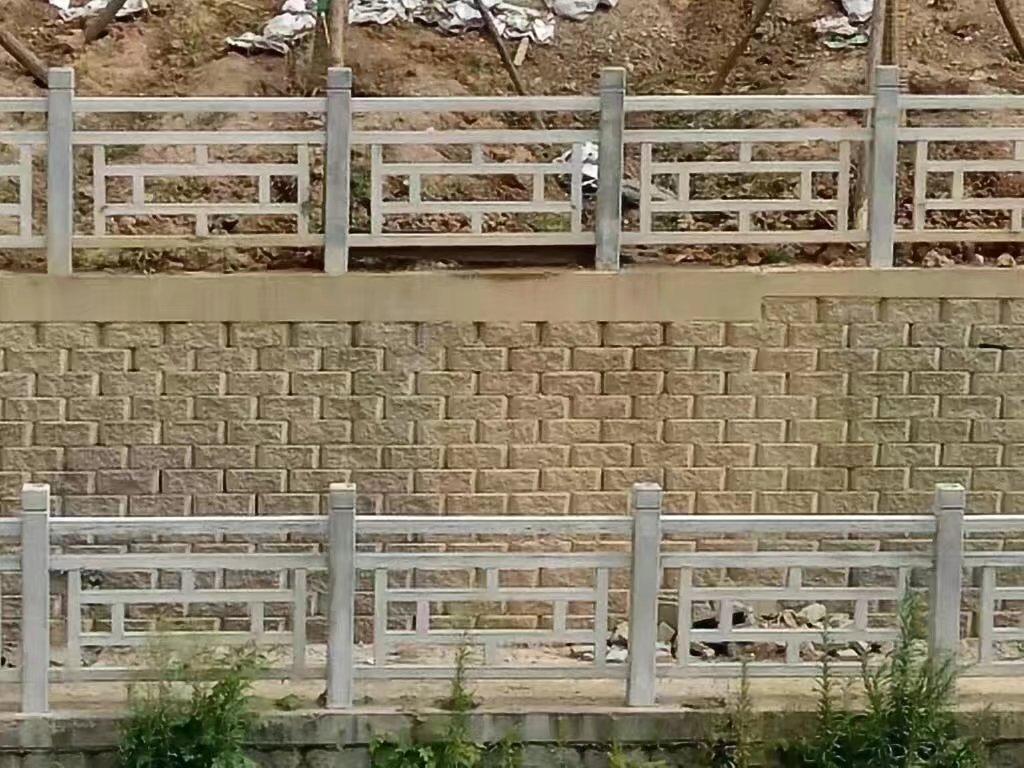 仿木方格护栏14.jpg