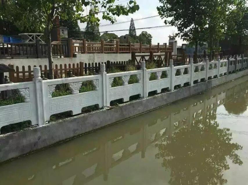 1.6米雕花河堤护栏17.jpg
