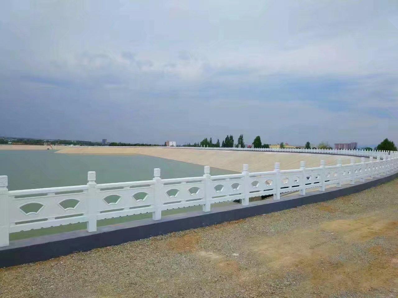扇形河堤护栏36.jpg