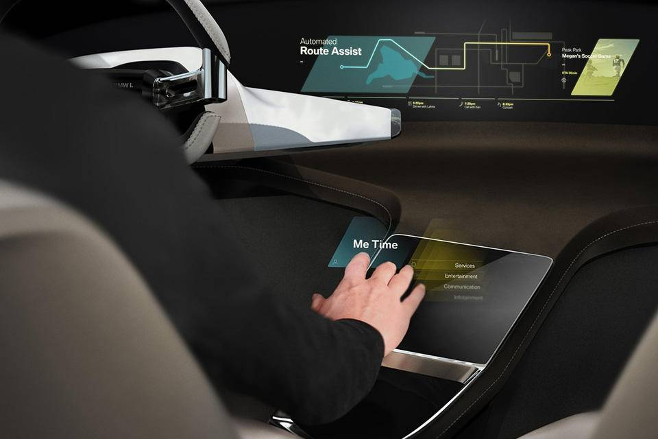 BMW-i_Inside_Future_Concept-2017-1600-07.jpg
