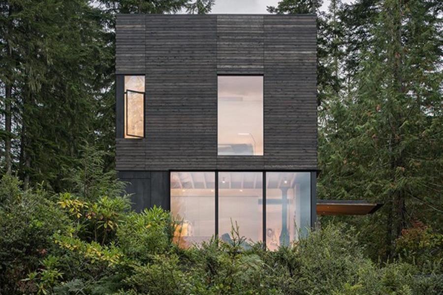 """洗澡唱歌也能仰望星空,""""小""""中大有不同的森林住宅"""