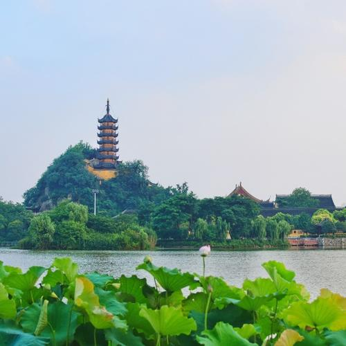 上海到江苏镇江租车、 包车价格