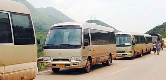 上海哪里有租中巴车
