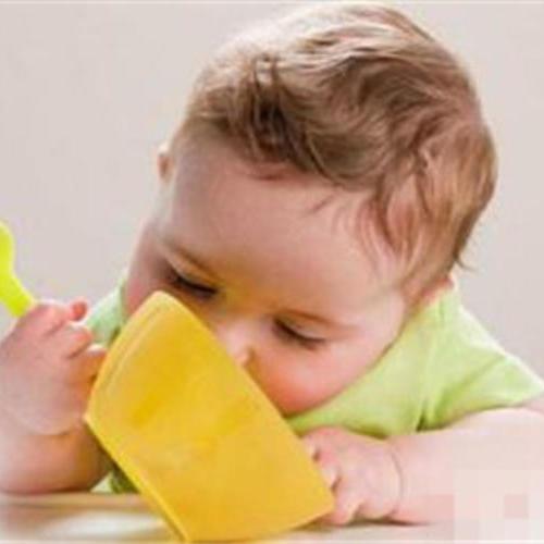 春節帶孩子聚餐 你給孩子喝什么