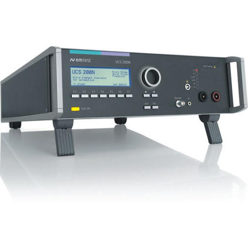UCS 200N 系列 超小型汽车瞬变模拟器