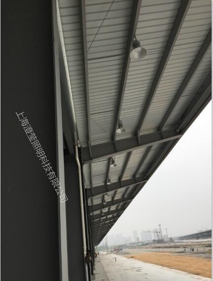 中鐵路貨運站jpg