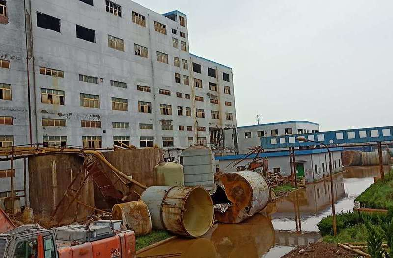 化工厂拆除