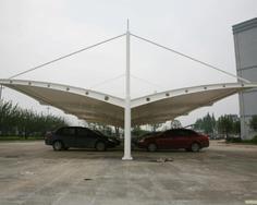 立柱牵拉双开膜结构车棚