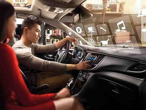 为了实现面向开放平台和互联网生态的车联网应用,上汽通用汽车从后台认证,整车电子网络架构,车载互联系统和车载控制单元的软硬件等各个方面以全球**的汽车网络安全标准进行了设计,开发和集成,并且不断地进行着迭代升级。