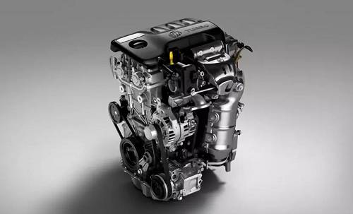其中,1.0T发动机最大功率92kW,峰值扭矩170Nm,比上代1.5L发动机减轻24kg,燃油经济性提升10%。而1.3T发动机最大功率120kW,峰值扭矩230Nm/1800-4400rpm,且比上一代1.4T发动机减轻25kg,动力提升15%,综合油耗下降了5%-10%。