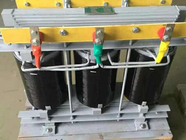 电源调压器的选择和妙用