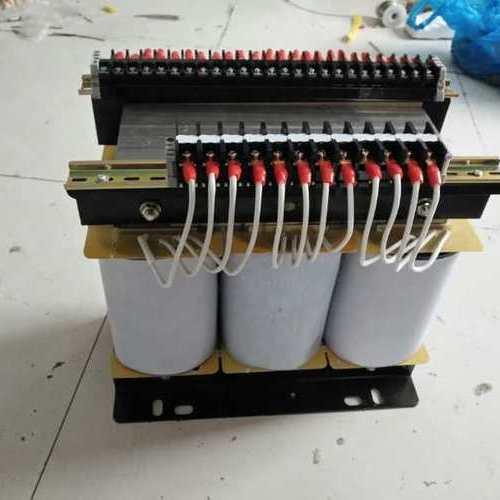 三相变压器的工作原理以及接线方法