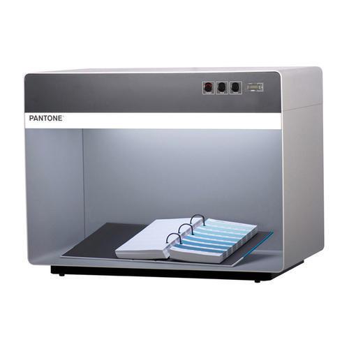 PANTONE彩通国际标准光源箱 三光源对色灯箱 D50主灯管 P3D50CWF