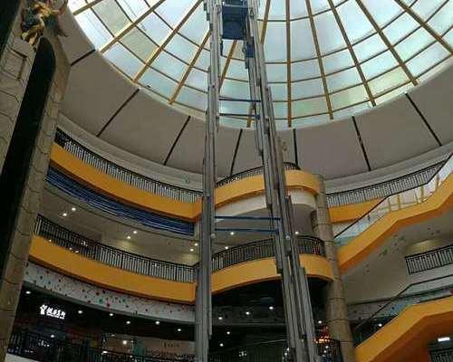 广州某大型商场----18米六桅平台交车现场