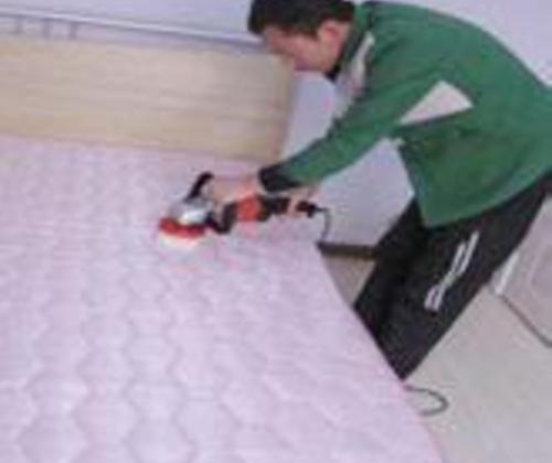 床垫清洗-去污除菌满意 , 高效上门服务