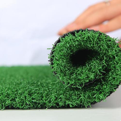 golf grass email.jpg