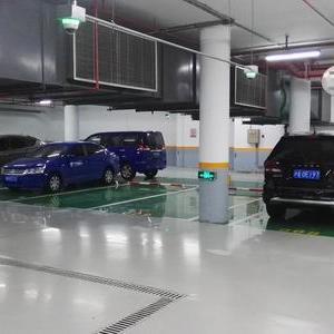 别墅地下停车场地坪