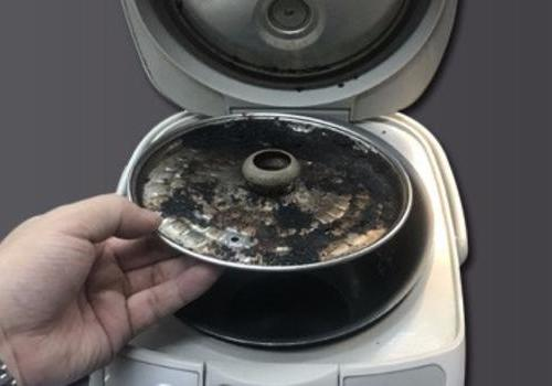 电饭煲隔板竟如此脏