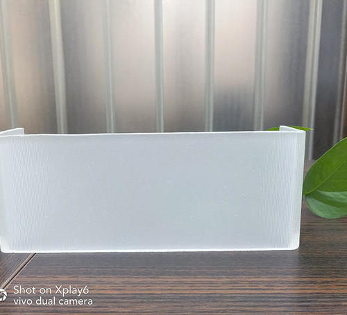 超白玻U型玻璃(超細條紋玉砂)