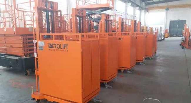 某大型电子设备供应商购买DEROLIFT半电动取货车