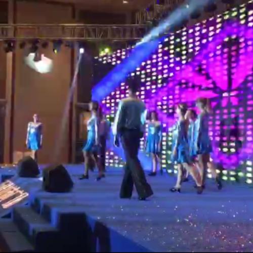 外籍踢踏舞演出视频