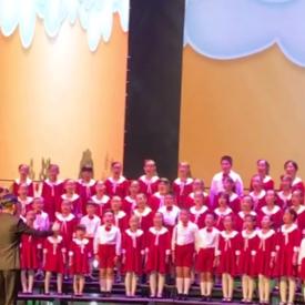 麦子儿童合唱团演出视频
