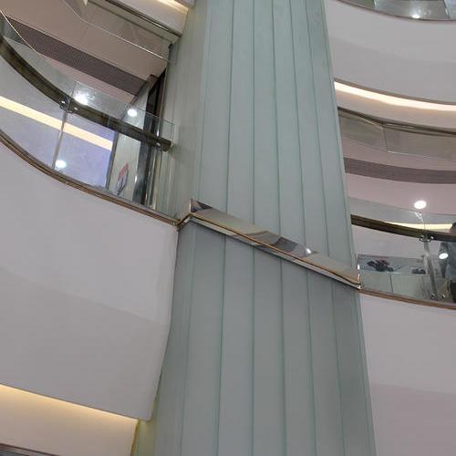 """重庆江津港龙购物中心""""玻璃柱""""U型玻璃项目"""