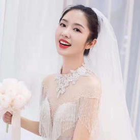 时尚新娘班(学制:2个月,学费:7800元)