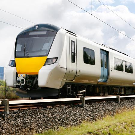 AVENTICS bietet Pneumatikkomponenten für die Fahrwerks- und Bremssteuerung in der Bahnindustrie.