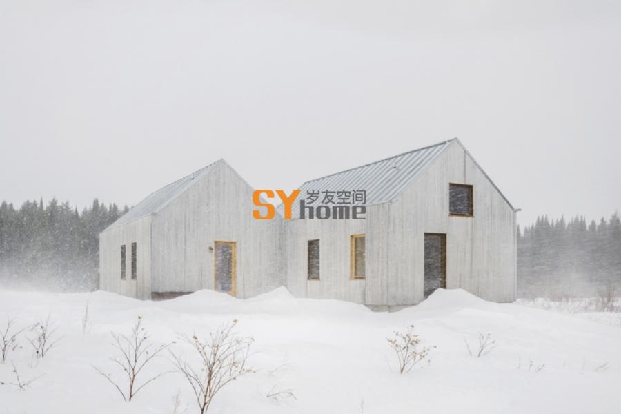 极简·双体量木结构住宅