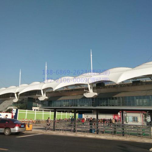 車站膜結構