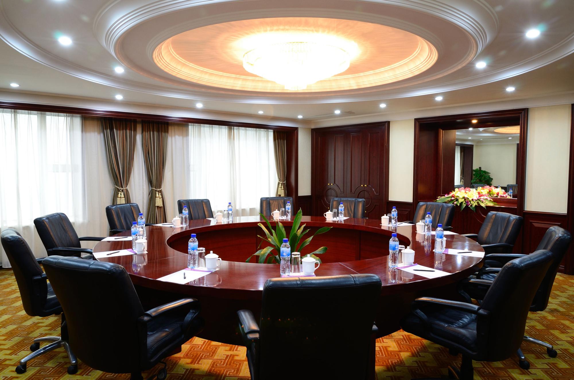会议室1-1.JPG