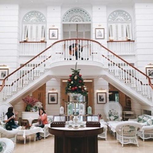 酒店常用英语:换房或续住