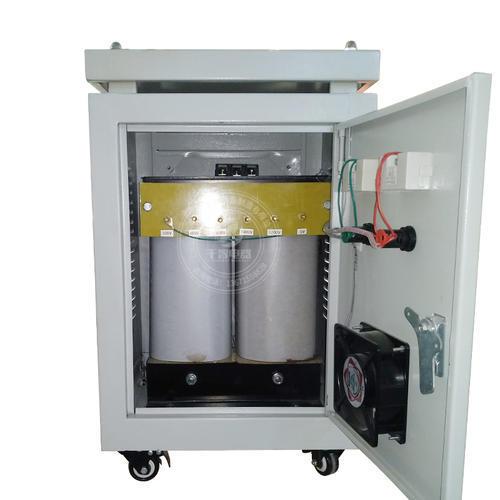 多项转变电压单相变压器