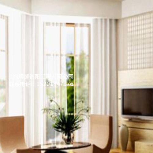 房子装修讲风格,电动窗帘装饰是关键