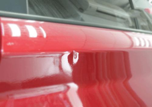 红色宝马凹陷修复