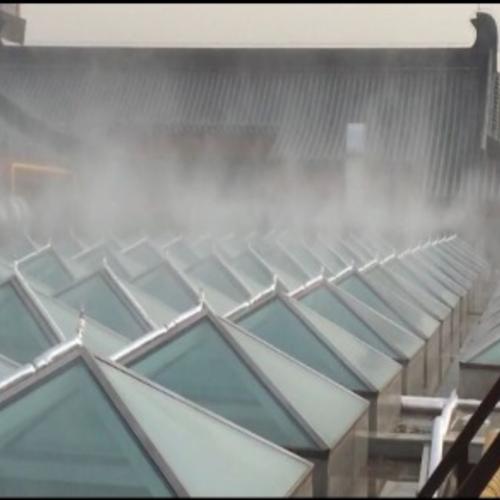 西安银泰楼顶玻璃降温