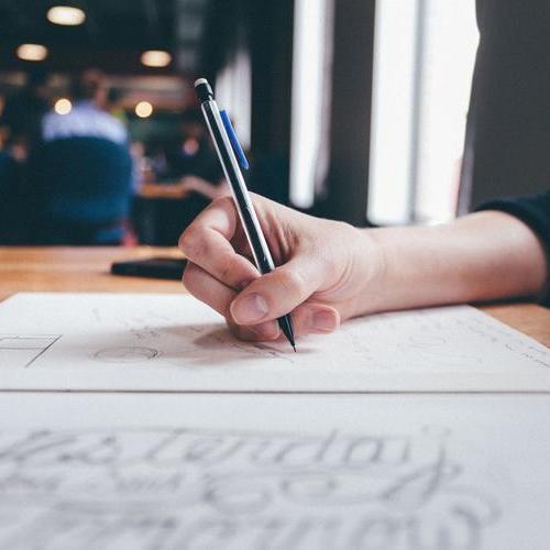英语六级写作中多变句式原则的使用