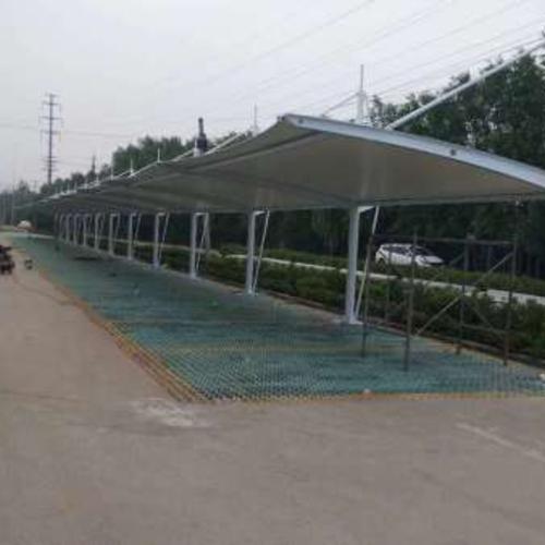 膜结构车篷-强度高、耐久性好、防火难燃