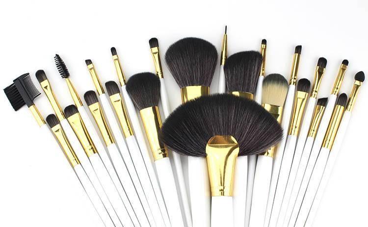 天然毛化妆刷和人工毛化妆刷哪个更好