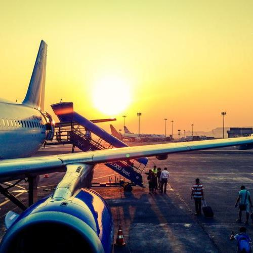 机场接机用英文怎么说?