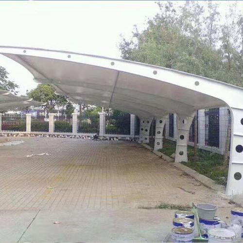 膜结构汽车棚