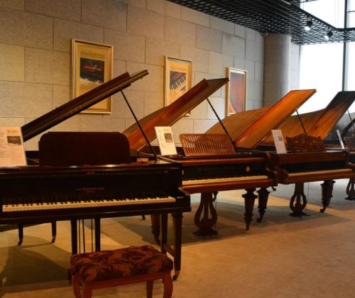 三角钢琴的拆封与安装及注意事项