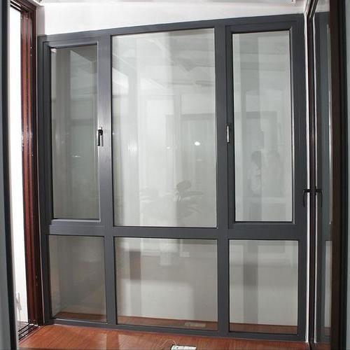 铝合金门窗展示