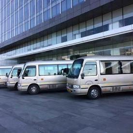 上海考斯特租赁公司
