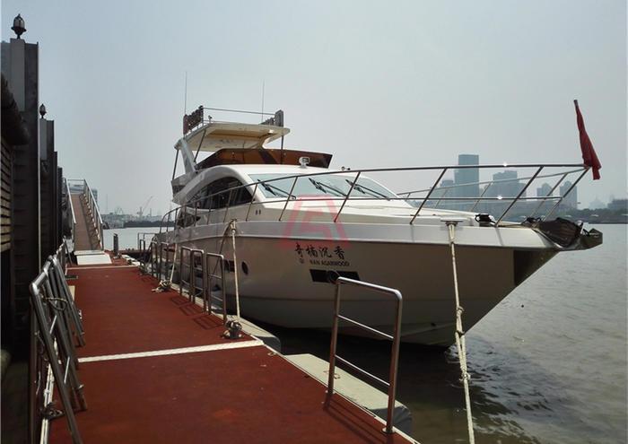 浦江游艇-88英尺奇楠沉香