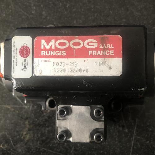MOOG   072