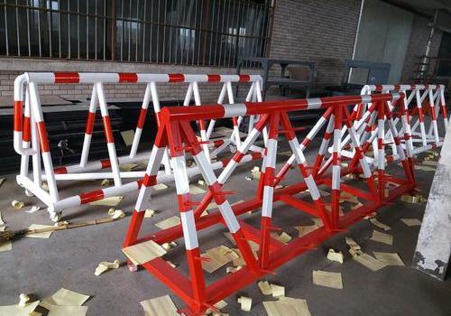 专注拒马护栏生产-防爆铁马-道路移动护栏-不锈钢护栏--上海畅直交通设施公司