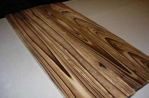 表面碳化木.jpg